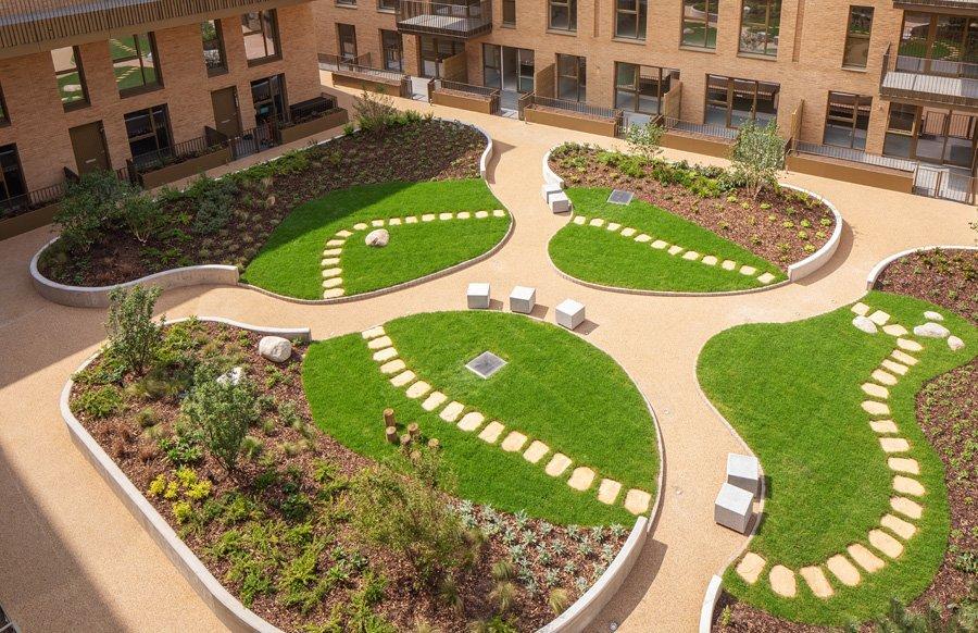 Hendon Waterside Lanscaped Garden