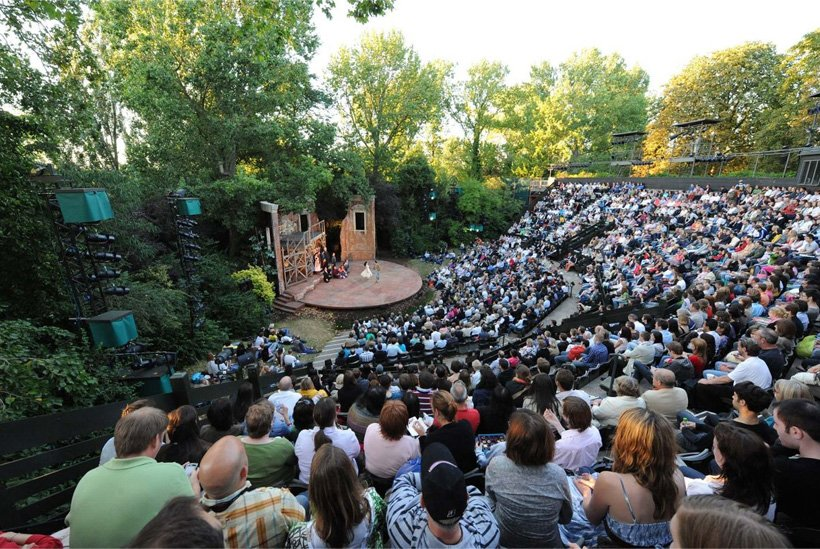 Open Air Theatre in Regent's Park London